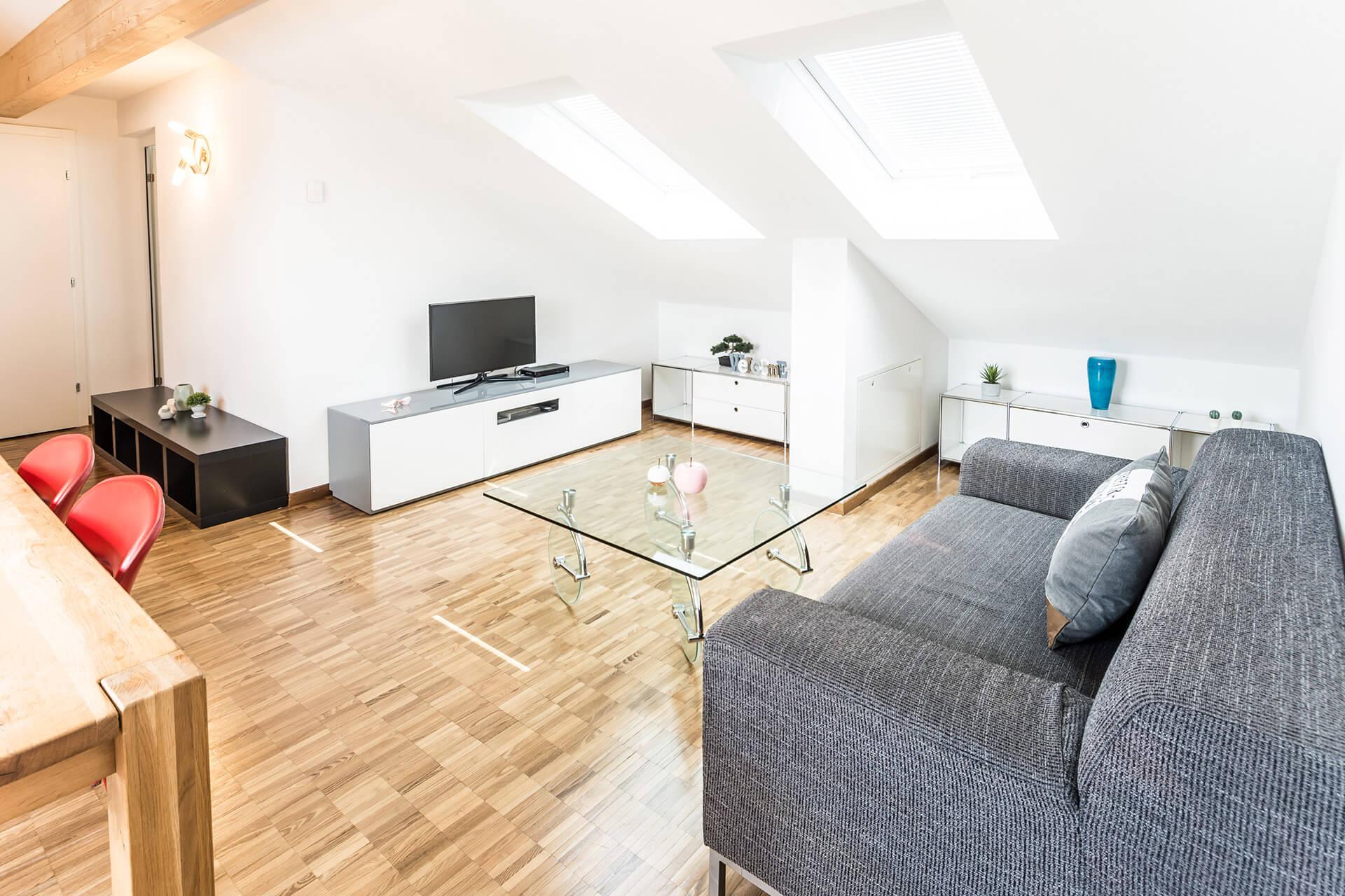 Moderne 2-Zimmer-Dachwohnung mit Terrasse