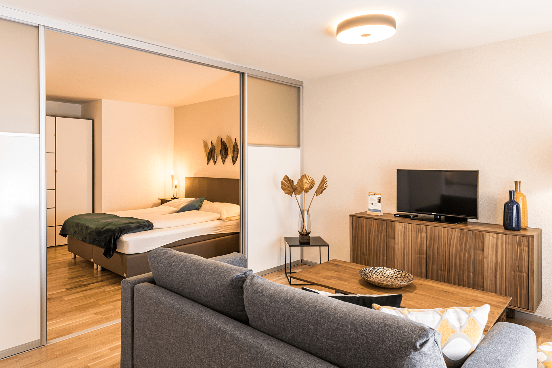 Junior One Bedroom Apartment in Zürich | book a home